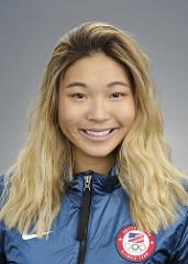 Chloe Kim headshot