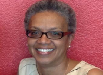 La Rhonda Crosby-Johnson headshot