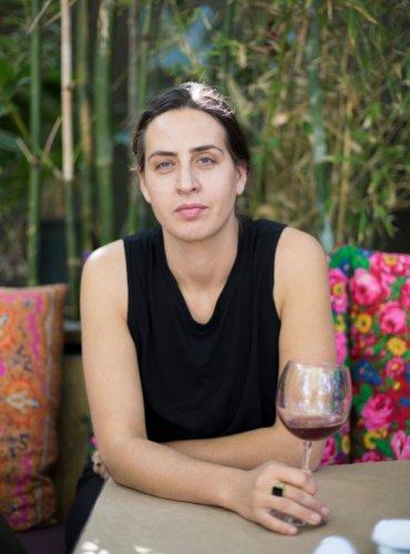 Roni Ginach wine headshot