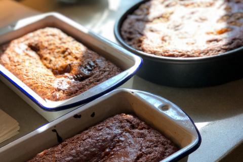 Mayim's vegan honey cake recipe for Rosh Hashanah