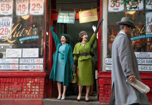 Rachel Brosnahan and Marin Hinkle in 'The Marvelous Mrs. Maisel'